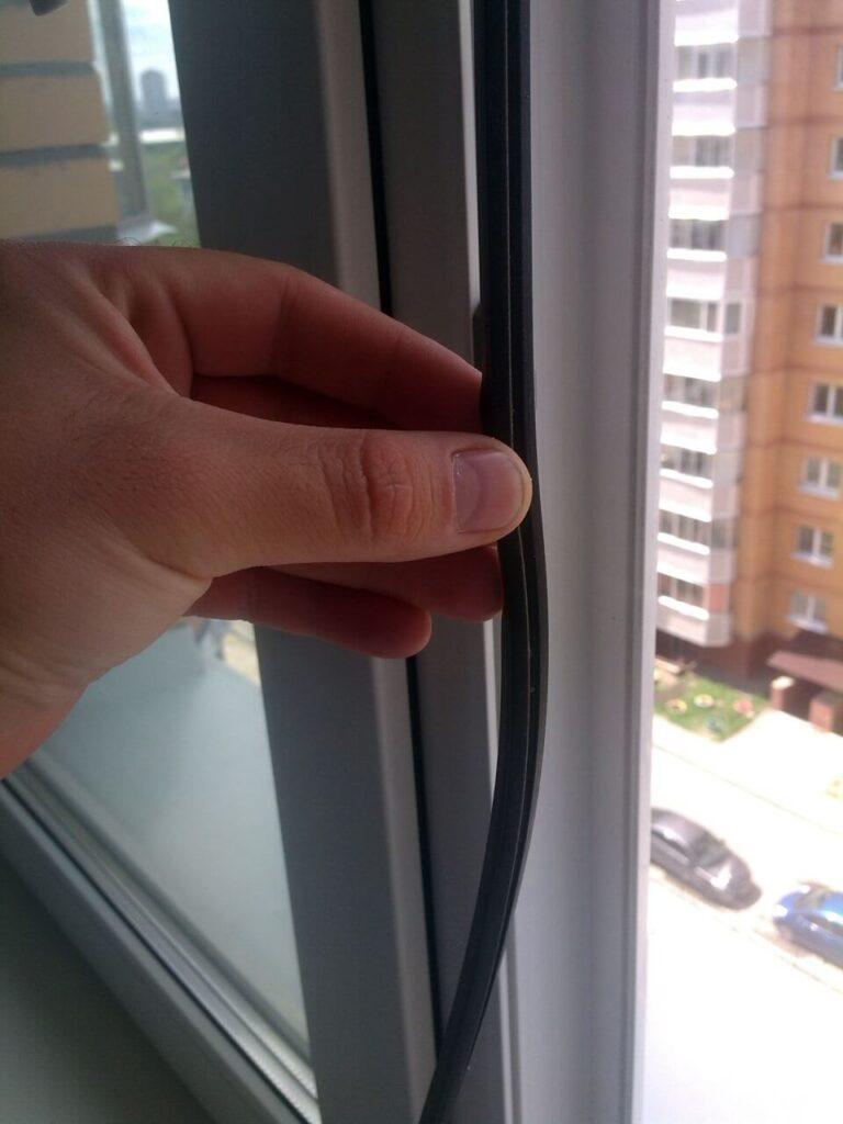 уплотнители для пластиковых окон замена
